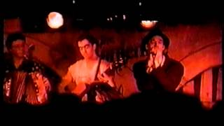 REM (Bingo Hand Job) - You Are The Everything acoustic @ The Borderline - 1991