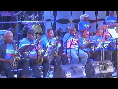 King Singing Sudden   We Are Not Independent At all, Live Calypso! Antigua Carnival 2015