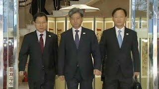 Северная и Южная Кореи сели за стол переговоров