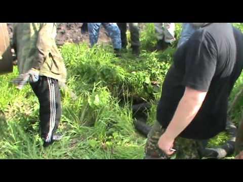 6 суток искали мальчика  Нашли труп взрослого в колодце