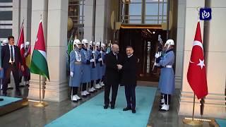 رئيس الوزراء يبدأ زيارة إلى تركيا لتعزيز التعاون بين البلدين - (26-12-2018)