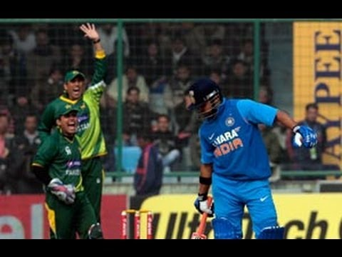 India fold for 167 in last ODI thumbnail