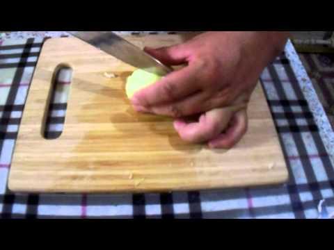 Рецепт Готовить - это просто (Выпуск №3). Готовим очень лёгкий салат из капусты и горошка.
