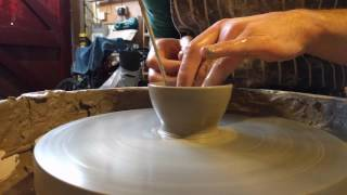 Throwing pottery ramekins / dip pots on the wheel