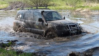 ПРОСТО НЕРЕАЛЬНЫЙ  Mitsubishi Pajero Wagon ЕДЕТ ЗА заряженными УАЗами