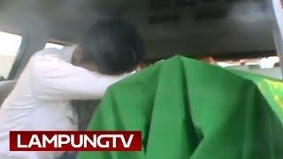 Download Warga Mesuji Ditembak Depan Anak dan Isterinya Mp3 and Videos