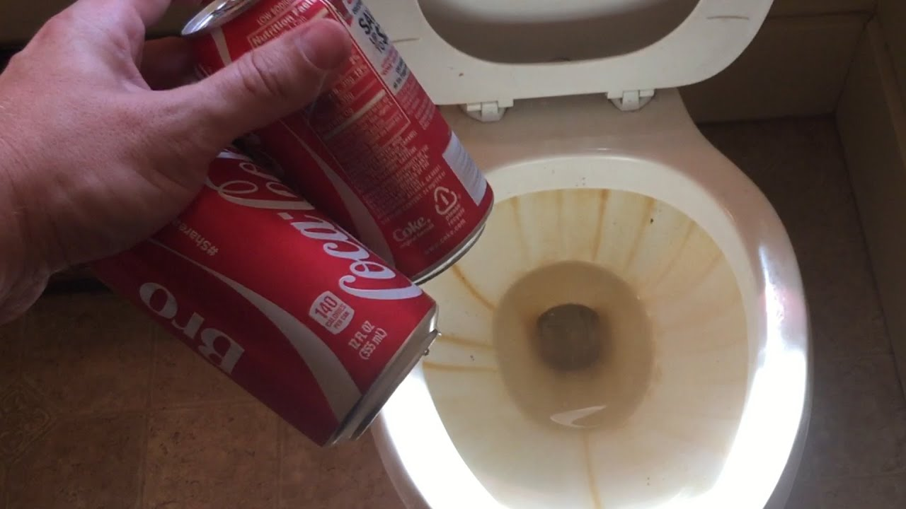 DOES COKE CLEAN A DIRTY TOILET? - YouTube