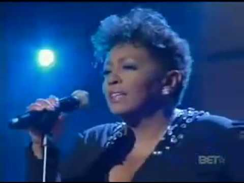 u2 one love mary j blige live on bet