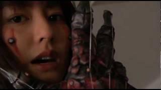 戦闘少女 血の鉄仮面伝説 総監督:井口昇 監督:西村喜廣 / 坂口拓 キャ...