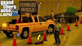 GTA 5 Mod DOT Roadside Assistance Message Board Truck Helping Broken Down Vehicles On The Highway