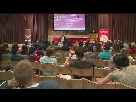 YSU Press Day hands out awards, aims to form journalism community