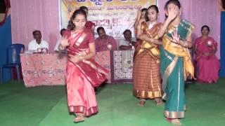 KONDA KONALA NADUMA- FOLK SONG -BEAUTIFUL DANCE
