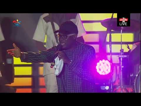 ADEWALE AYUBA'S EXCITING PERFORMANCE AT ONE LAGOS FIESTA 2018