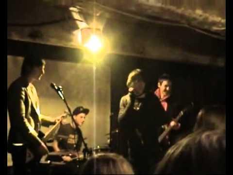 Alcohol Cries - Live @ Шкаф, 28.12.11