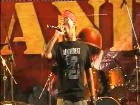 Antiphaty x Seringai on Battle Of Bands. Malang, July 7th 2007