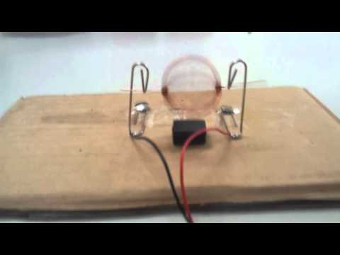 Simple DC Motor Explained