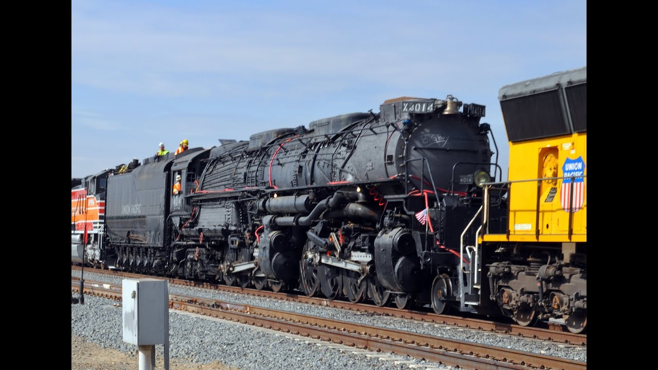 Big Boy 4014 Steam Train - Road Restoration Pomona