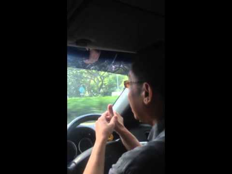 Singapore Taxi Driver Speaking Fluent Hindi