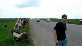 Nissan Almera N15 Gti vs. N16 1,8 Drag Race