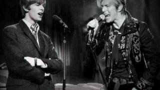 David Bowie sings duet with... himself?