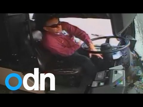 WATCH: Bus driver