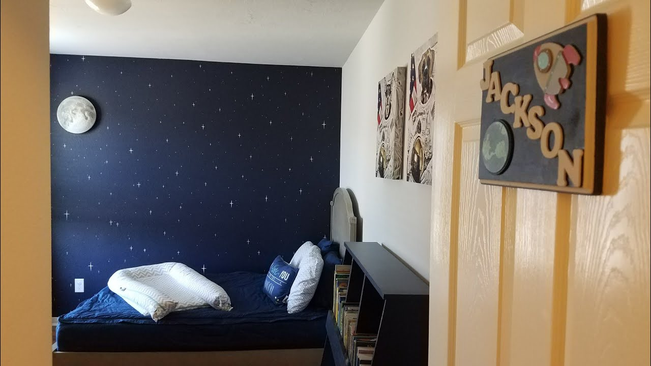 Space themed toddler room tour