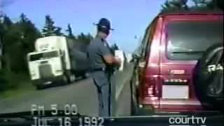 THIS GUY GOES CRAZH Police Officer pulls over angry driver