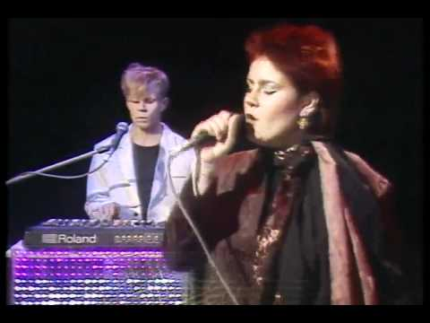 Yazoo (  Yaz )   --   Don' t   Go  [[  Official   Video  ]]   HD