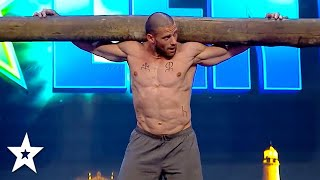 STRONG MAN Lifts Up 2 Men on His Shoulders on Got Talent Uruguay 2020 | Got Talent Global