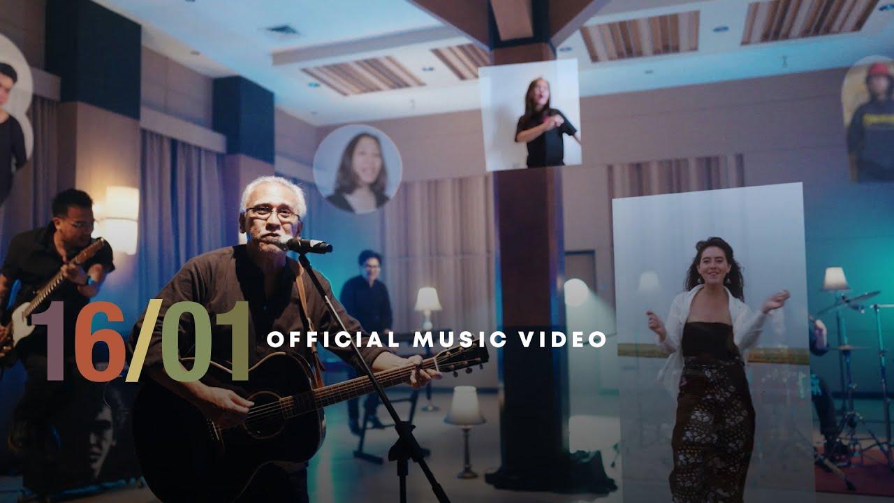 Iwan Fals Feat Sandrayati Fay  1601 Official Music Video