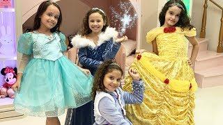 Valentina e suas amigas fazem uma festa escondidas / Valentina and her friends have a party
