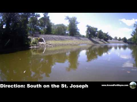 2015/08/11: On the rivers in downtown Fort Wayne Indiana