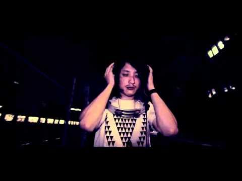 """アルカラ """"半径30cmの中を知らない"""" (Official Music Video)"""