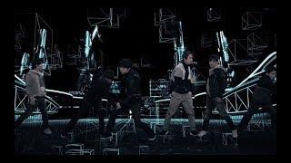 V6/「Round & Round 」(from ALBUM「The ONES」)http://avex.jp/v6/ 現実なのか幻想なのか。真実はどこにある?答えを探し求めて彷徨い葛藤する心情を歌った...