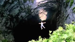 Cueva de Las Golondrinas BBC