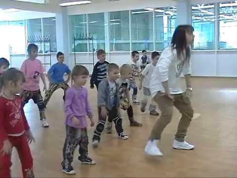 Dance Family INFINITI.mpg