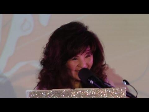 Tiffany Hsu 徐蓓蓓  現場樂隊  在聖蓋博希爾頓 -演唱 16 物質女郎