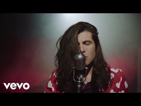 Смотреть клип Billy Raffoul - Without Falling In Love