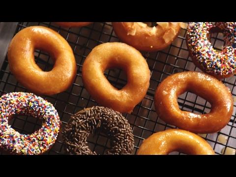 Amerikanische Donuts mit Glasur