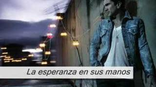 Watch Juanes Minas Piedras video