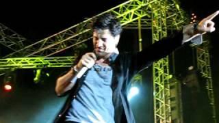 Sakis Rouvas - Ola giro sou girizoun (Live in Herakleion)