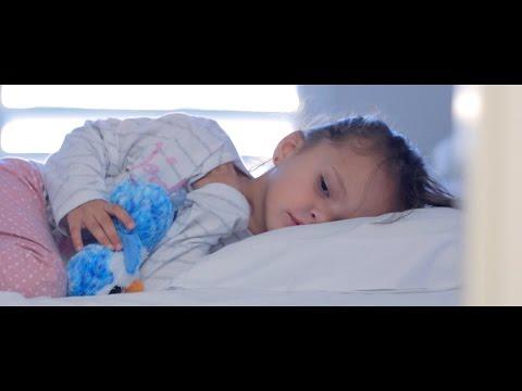 MAYOR TOM - Tu barrera del sonido - VIDEOCLIP - Implante coclear - Subtitulado para sordos