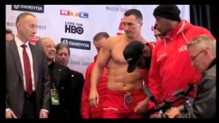 Смотреть онлайн бой Кличко - Дженнингс: Видео взвешивания боксеров перед боем:
