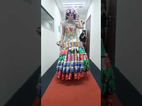 Recycle gown