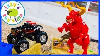 Cars for Kids! Hot Wheels El Toro Loco Showdown