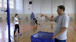 Обучение волейболу. Девушки. Упражнение на отработку атаки и защиты