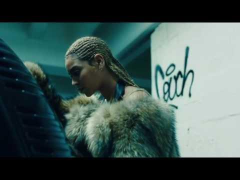 Beyonce- Hip Hop Star/Freakum Dress (The Formation World Tour) interlude. HD