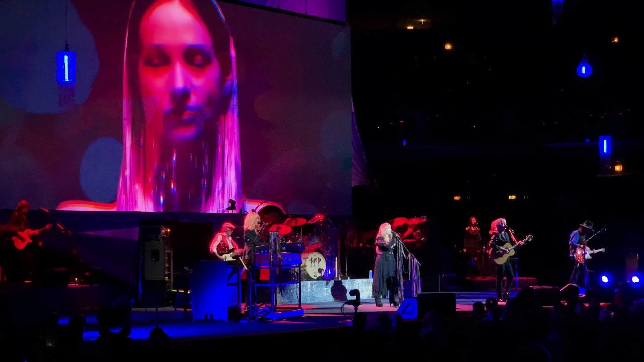 Download Fleetwood Mac Hypnotized Live Chicago United Center Oct. 6th 2018