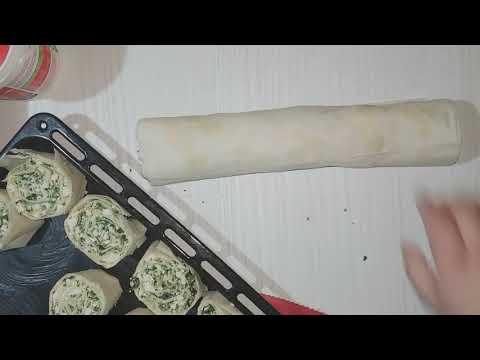 Rolat pita od spanaća i sira, jednostavno i veoma ukusno!