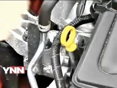 Oil Changes: Car Expert Lauren Fix